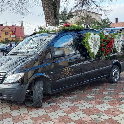 Zakład pogrzebowy Kierpiec karawan